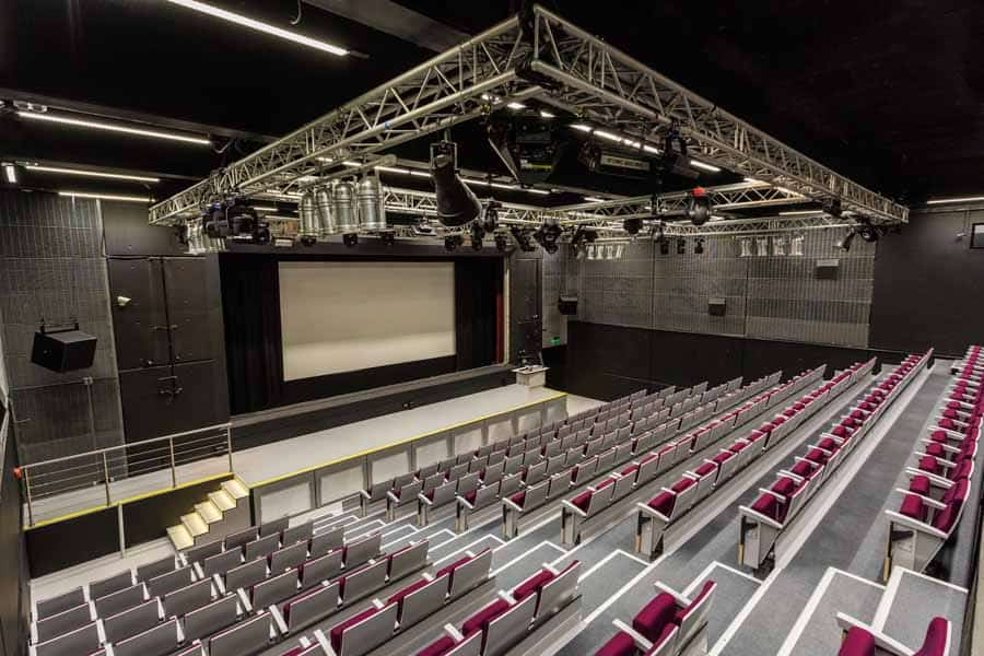 Refurbished lecture theatre at the University of Southampton
