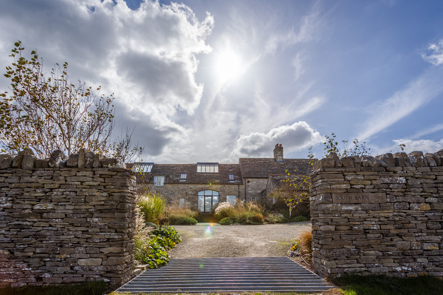 Exterior pictures of South Barn for Etchingham Morris Architectu