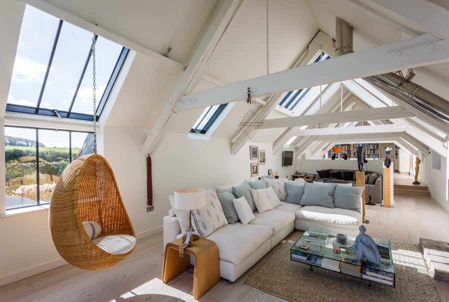 Interior pictures of South Barn for Etchingham Morris Architectu